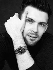 Mark Thomson - Assignment Writer